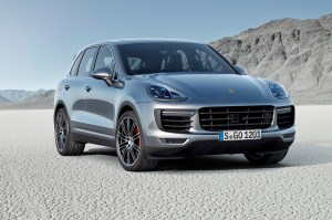 2015-Porsche-Cayenne-Turbo-front-view