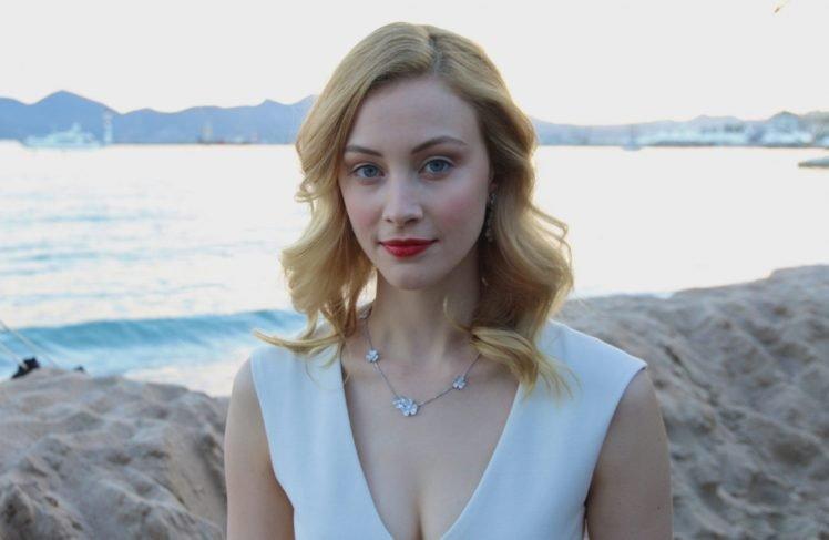 Anime Girl Wallpaper Hair Braided Blond Eyes Red Sarah Gadon Women Actress Blonde Red Lipstick Blue