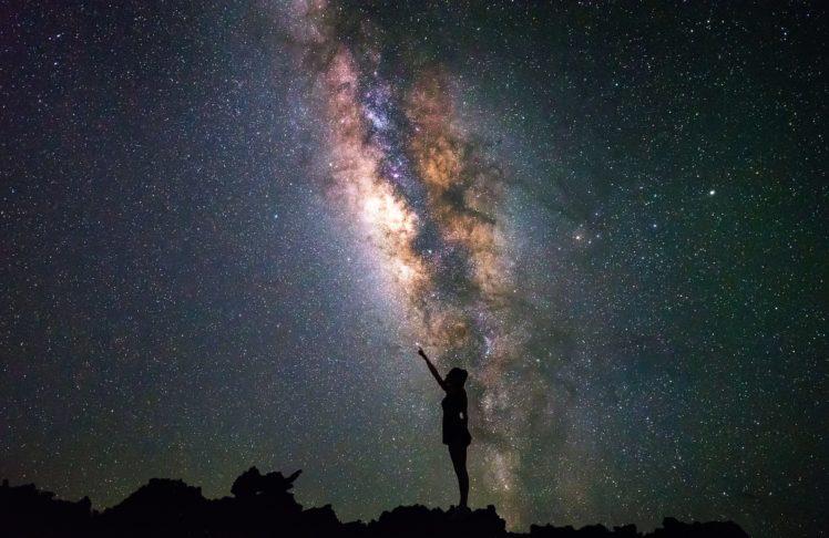 Girl Looking At Sky Wallpaper Women Universe Night Stars Hd Wallpapers Desktop And