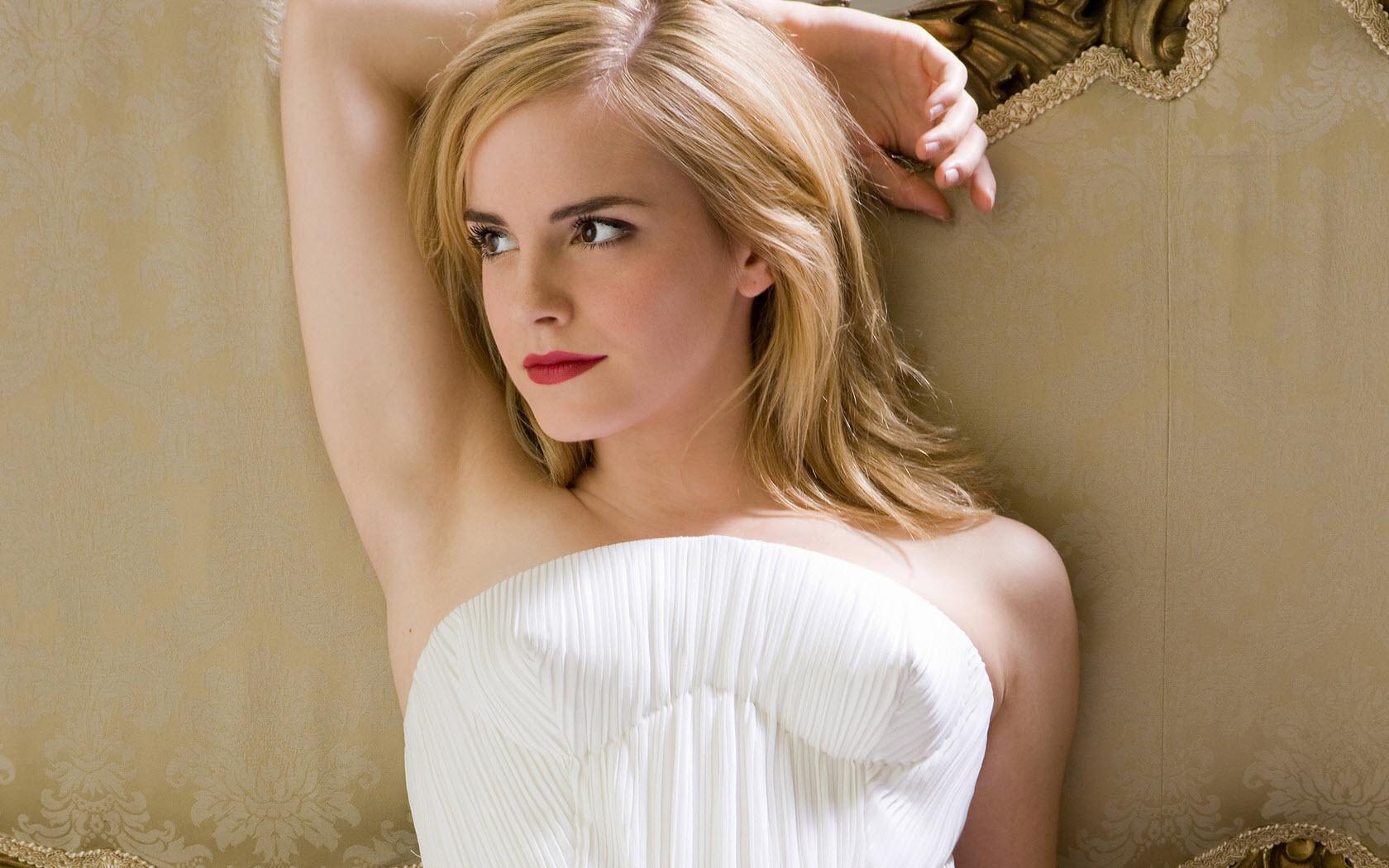 Watson hairy emma Emma Watson's