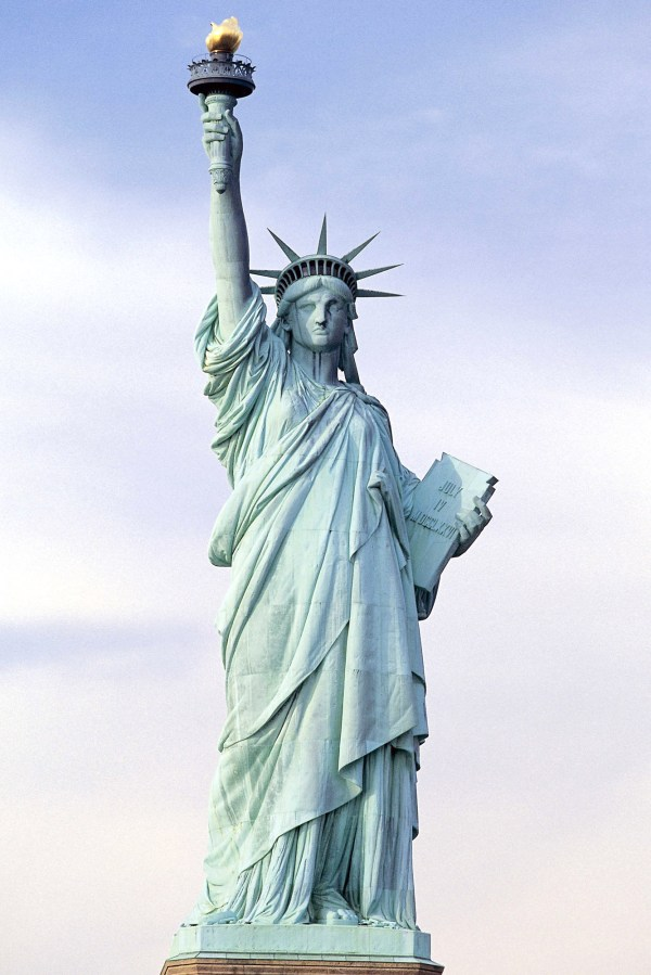 Statue Of Liberty Backgrounds 14529 - Hdwpro