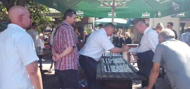 Šahovska simultanka međunarodnog majstora Jušića