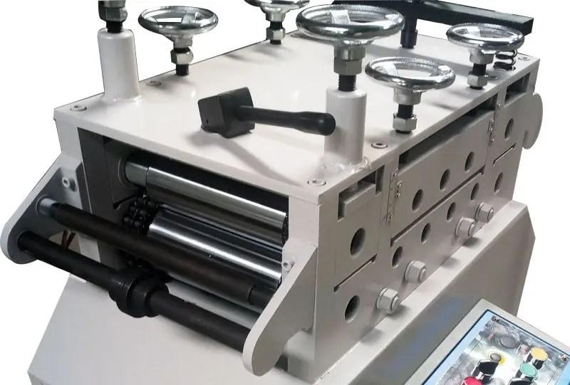 straightener-machine
