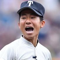 徳山壮磨(大阪桐蔭)姉や家族も韓国人の噂を調査!ドラフト先や出身中学は?