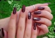 beautiful and simple nail art design