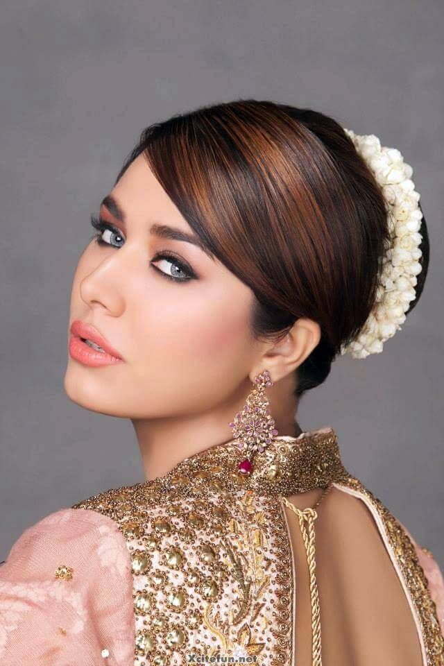 Pakistani Party Makeup Hairstyles 2017 Pictures