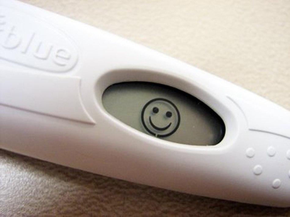 Водянистые выделения перед месячными как признак беременности