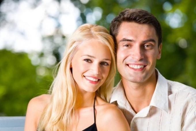 Dating en gift mand gør ondt
