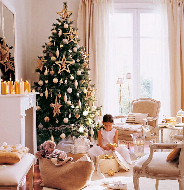 Pohon natal di dudukan