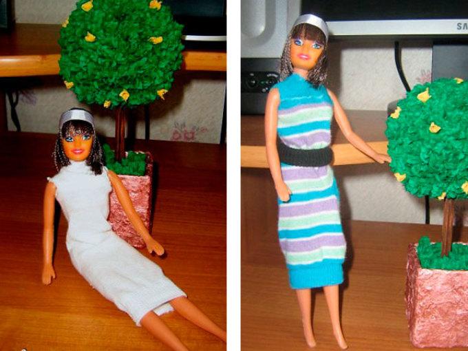 Простые платья для кукол из носков.