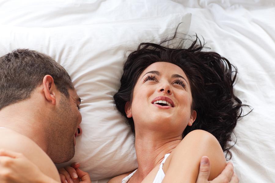 زن احساسات طوفانی را در طول سرنگ تجربه می کند