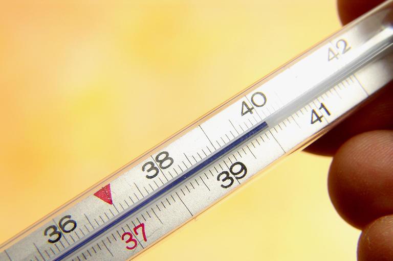 Как сбивать высокую температуру