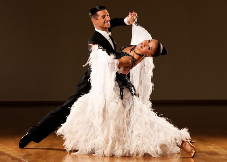 Taniec Waltz.