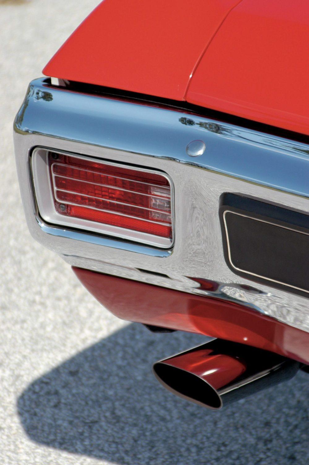 medium resolution of 1970 chevelle ls6 tail light close up