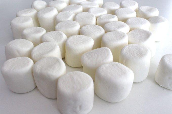mummy-marshmallow-pops-marshmallows