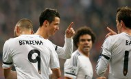 Real Madrid's Cristiano Ronaldo celebrates his goal against Bayern Munich with teammates Pepe, Bale and Benzema during their Champions League semi-final second leg soccer match in Munich