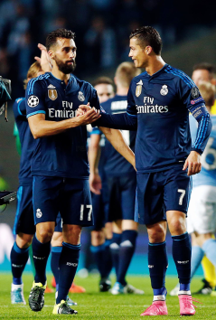 Arbeloa shows Cris love