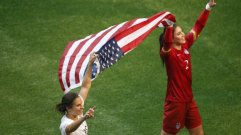 carli-lloyd-and-hope-solo-after-uswnt-wins-2015-womens-world-cup-final
