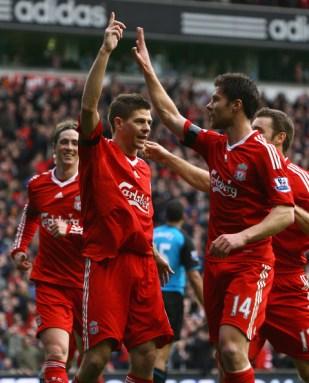 Steven+Gerrard+Xabi+Alonso+Liverpool+v+Aston+zspQA_fCJ7Xl