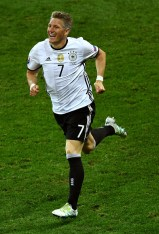 LILLE, FRANCE - JUNE 12: Bastian Schweinsteiger of Germany celebrates scoring his team's second goal during the UEFA EURO 2016 Group C match between Germany and Ukraine at Stade Pierre-Mauroy on June 12, 2016 in Lille, France. (Photo by Shaun Botterill/Getty Images)