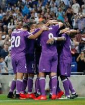 boys-in-purple