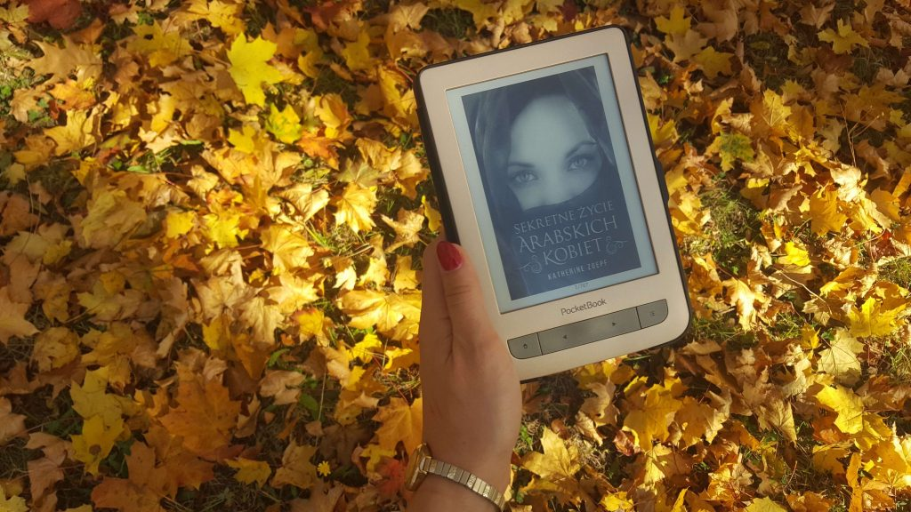 książki o tematyce arabskiej - sekretne życie arabskich kobiet
