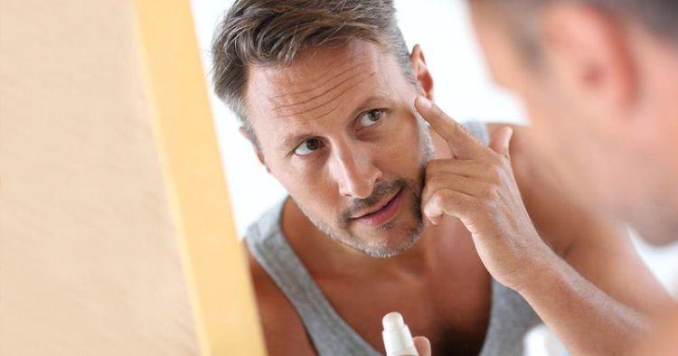 Как мужчинам правильно пользоваться кремом для лица, чтобы сохранить кожу молодой