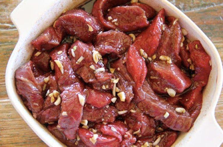 Продукты-помощники, способные размягчить даже самое жесткое мясо, добавить ему сочности и пикантные нотки