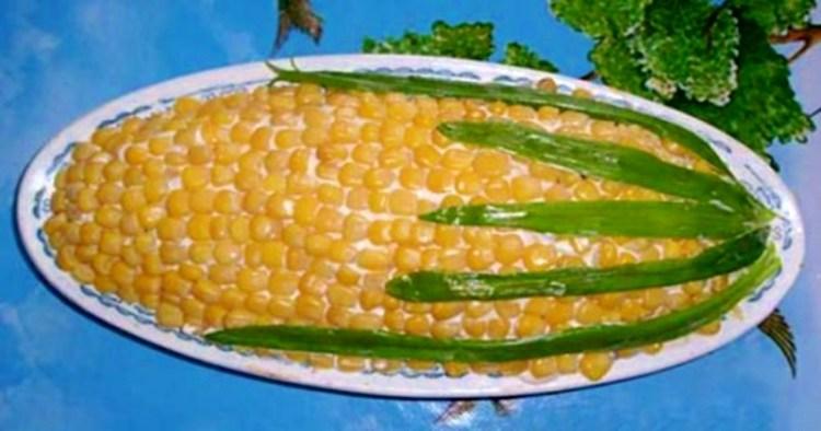 """Салат """"Кукуруза"""": нежный вкус и оригинальная подача в одной тарелке"""