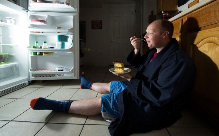 Еда как враг вашему отдыху: какие продукты не следует кушать вечером, чтобы хорошенько выспаться ночью
