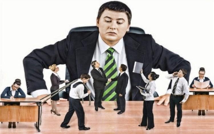 """Как правильно """"облизать"""" начальника: исправляем речь для уверенности в себе в общении с руководством"""