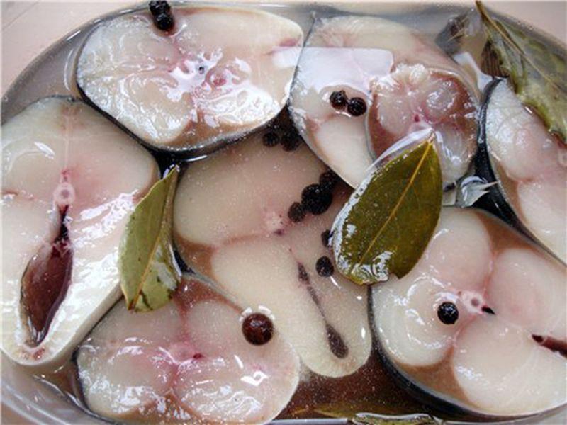 Маринад для рыбы с уксусом: рецепт маринованной скумбрии с морской солью