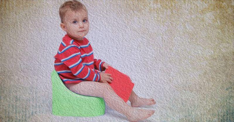 Зеленый кал у ребенка вызывает у мам всегда сильную тревогу. Однако зеленый стул у ребенка – это абсолютно нормально. Знакомство с информацией, откуда берется кал зеленого цвета у малышей, предотвратит возникновение у вас паники.