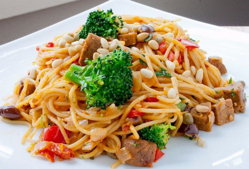 5 рецептов подлив к макаронам для сытного приятного ужина