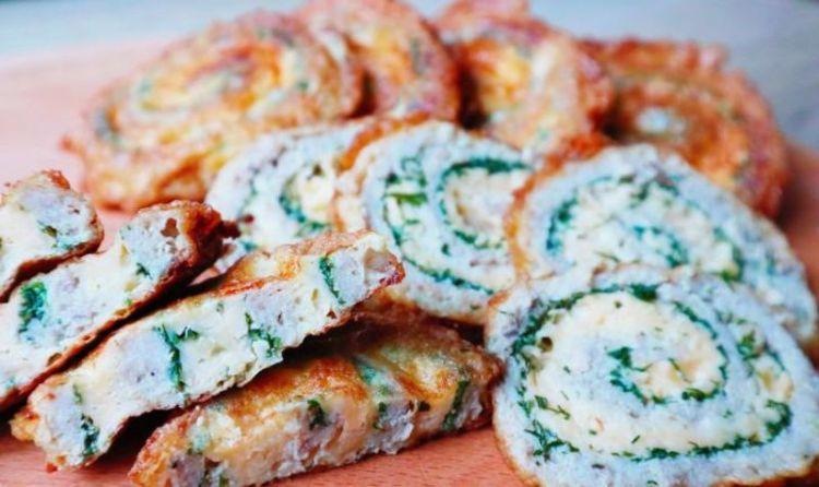 Вафельные рулетики с мясной начинкой в кляре: сытная закуска на все случаи жизни