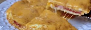 Закуска из лаваша и пары яиц: готовим быстрый завтрак без особых затрат
