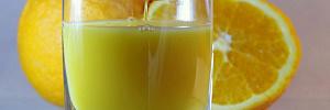 Французские ученые обвинили фруктовые соки в том, что они вызывают смертельную болезнь