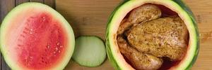 Курица в арбузе: рецепт вкусной закуски, который вас точно удивит