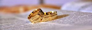 Если хотите счастливой семейной жизни, стоит научиться правильно обращаться с обручальным кольцом
