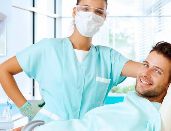 Одноэтапная и двухэтапная имплантация зубов: что выбрать?
