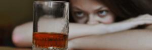 Почему алкоголь бесполезен в решении проблемы с точки зрения химии