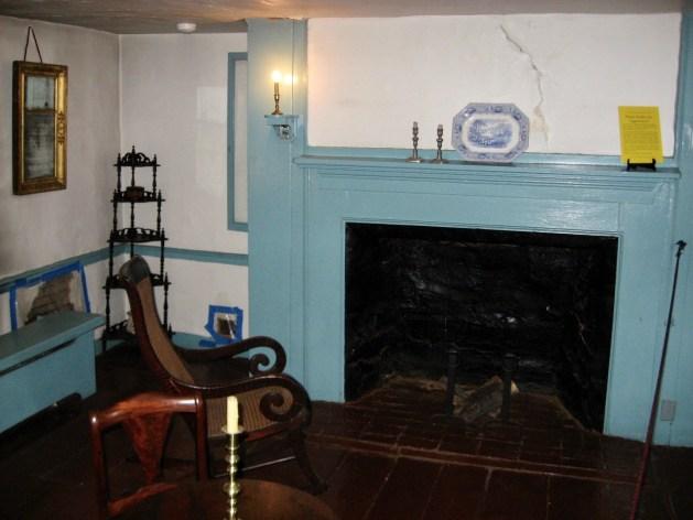 Poe cottage 1st floor fireplace