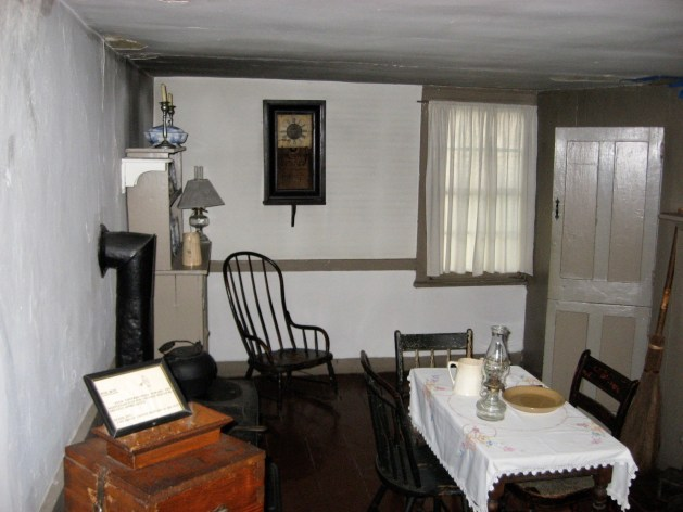 Poe cottage 1st floor kitchen