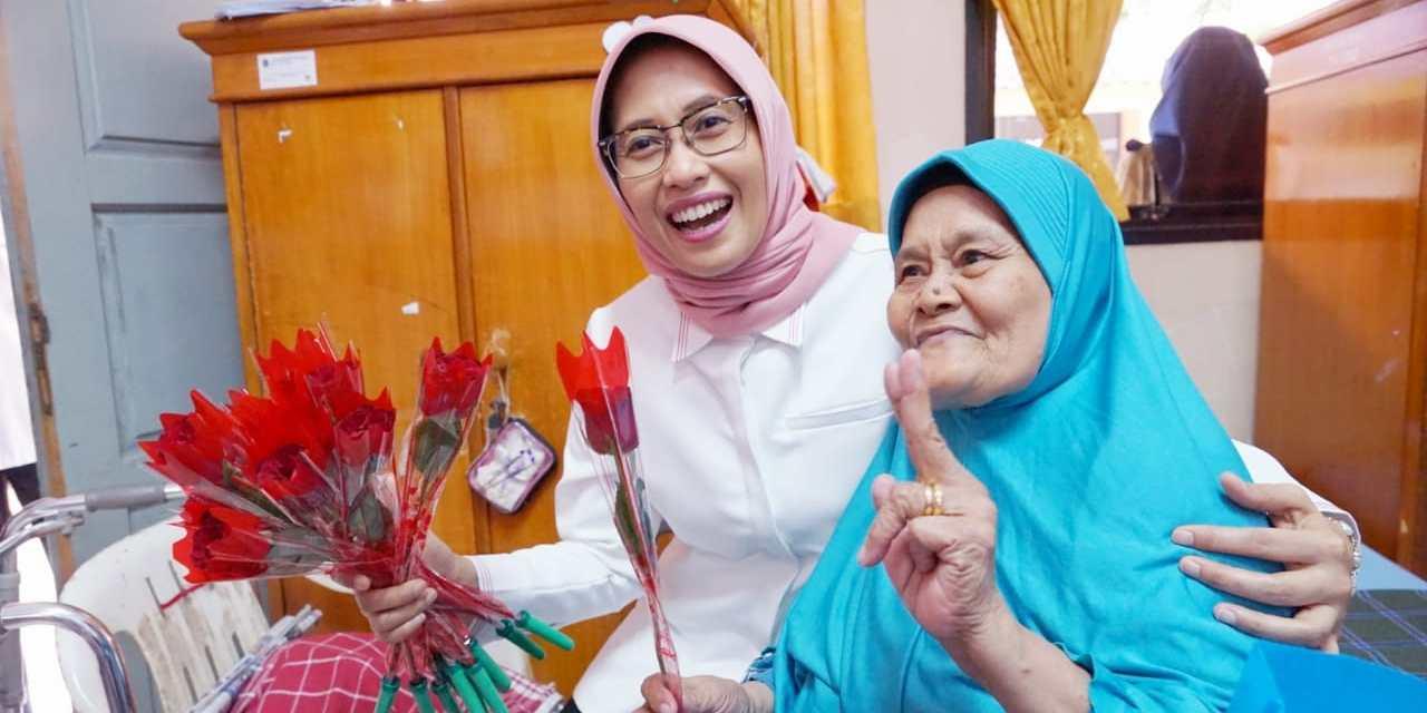 Headline Nasional | Hari Pelanggan Nasional PLN Usung Tema 'Senyum Pelanggan Indonesia Benderang'