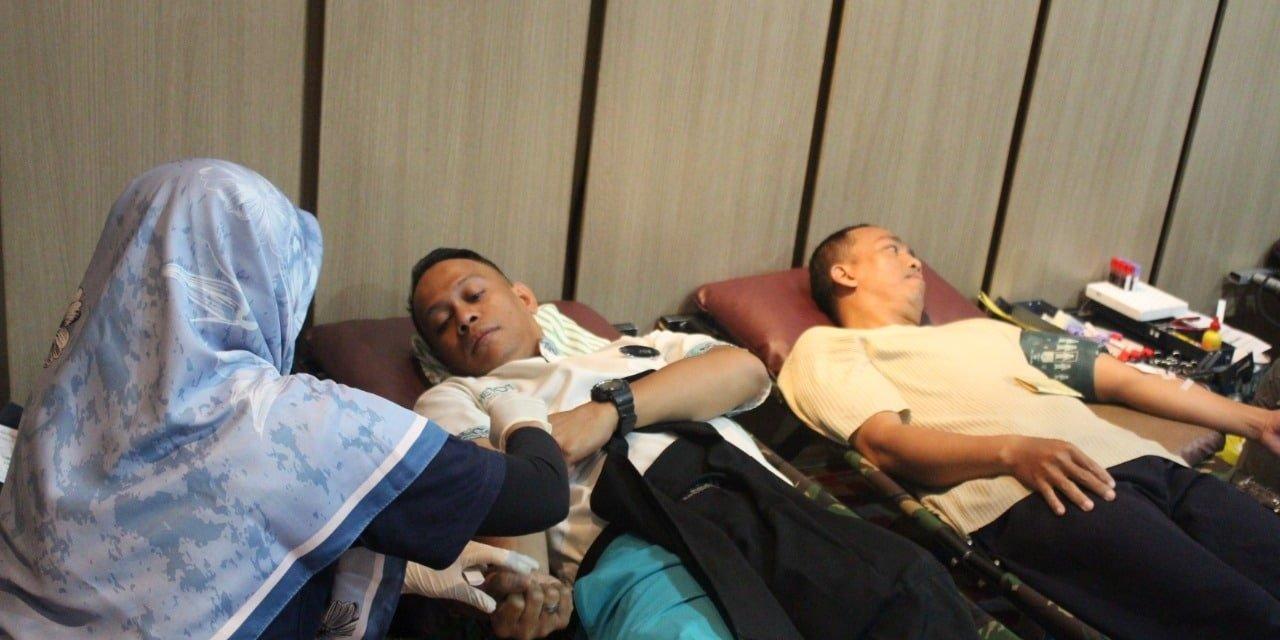 Headline Bogor | Setetes Kasih Sejuta Harapan Hotel 1O1 Adakan Donor Darah 101 Peserta