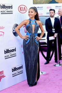 Ariana Grande - Headline Planet