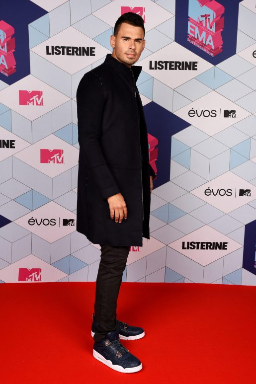ROTTERDAM, NETHERLANDS - NOVEMBER 06: (EXCLUSIVE COVERAGE) Afrojack attends the MTV Europe Music Awards 2016 on November 6, 2016 in Rotterdam, Netherlands. (Photo by Dave Hogan/MTV 2016/Getty Images) *** Local Caption *** Afrojack