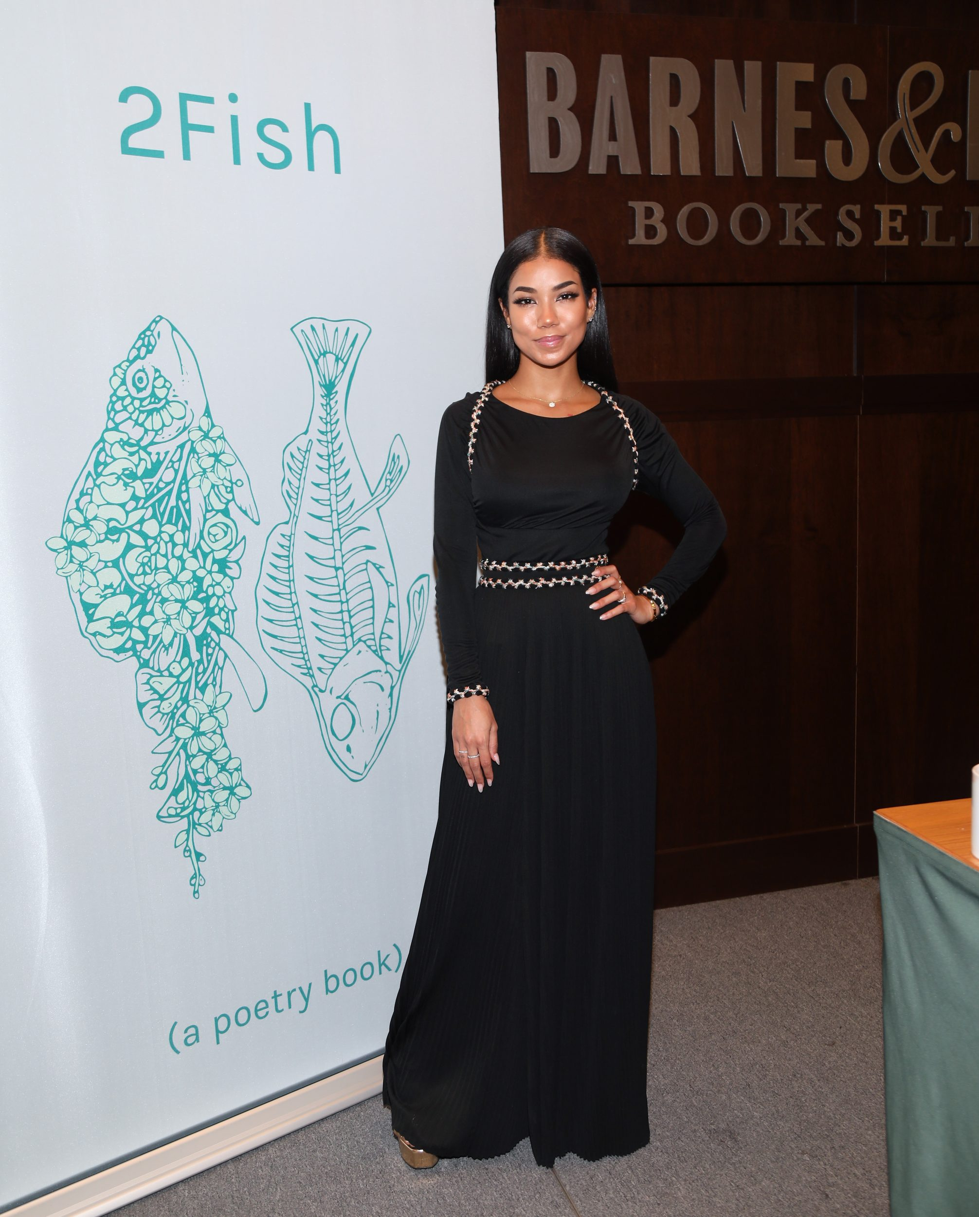 "Special Look Jhene Aiko Supports ""2fish"" Poetry Book At"