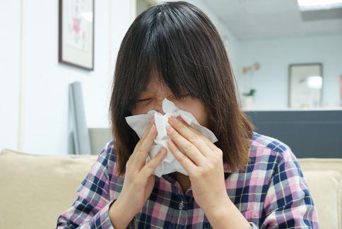 惱人頭痛難解?小心鼻竇炎惹的禍 | Headlines