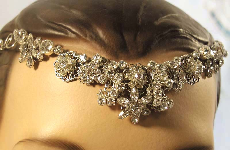 Tysha's Blog: This Brings Me To The Broach Bridal Bouquet